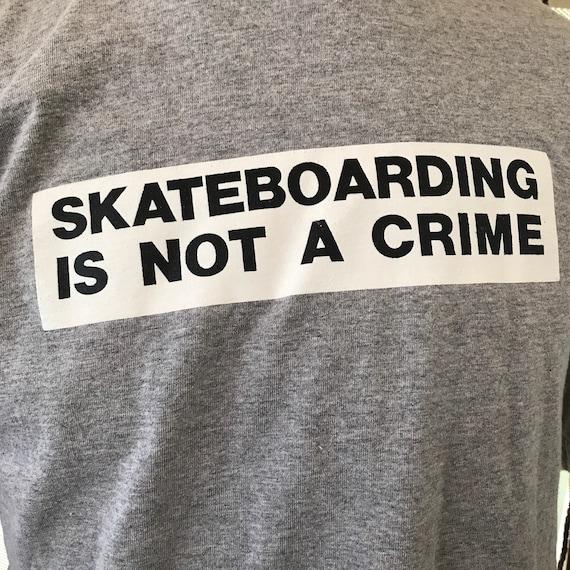 vintage SANTA CRUZ skateboarding graphic tee