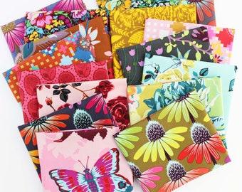 Love Always, AM Love Fat Quarter Bundle / Anna Maria / Free Spirit Fabrics