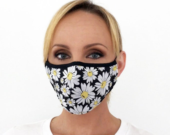 Premium Face Mask For Women Daisy Floral - Daisy Flower Face Mask - Filter Pocket - Triple Layer - Washable