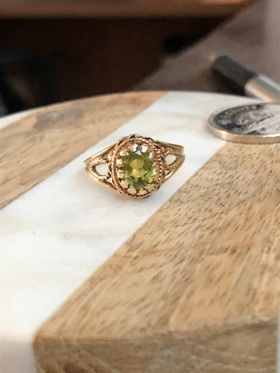 10k Gold Peridot Ring