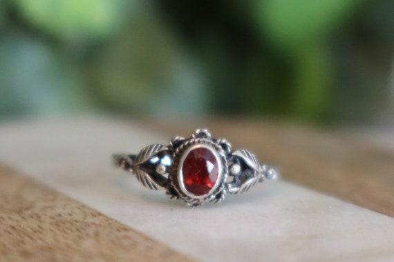 Gorgeous Silver Garnet Ring