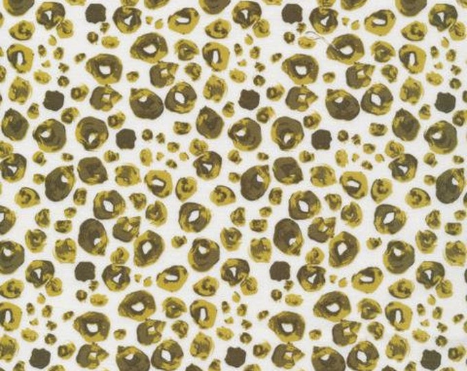 Cloud 9 - Grasslands - Sarah Watson - spotties green - Organic cotton quilting fabric