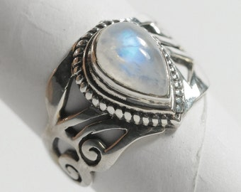 Rainbow Moonstone Ring 925 Sterling Silver Natural Moonstone Solitaire Ring June Birthday US size 5 1/2 Fast Free shipping from USA!