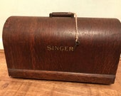 Singer Bentwood Sewing Machine Case with Key c.1920 s
