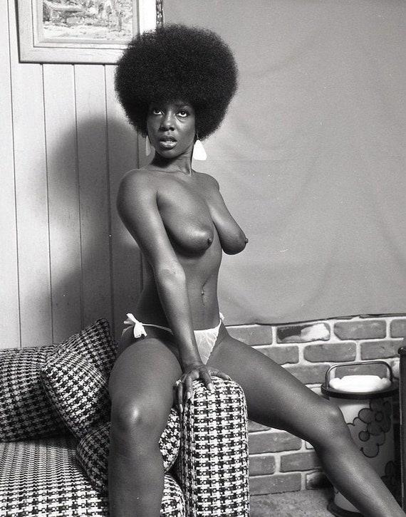 Weibliche Modelle schwarze Nackte Sex mit