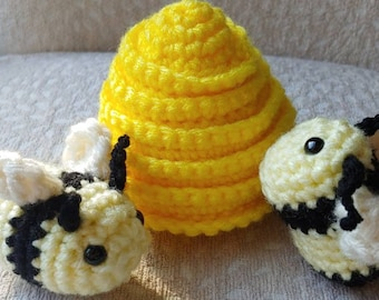 BeeAnka Honey the Queen Bee pattern by B. Crochet-tive | Crochet ... | 270x340