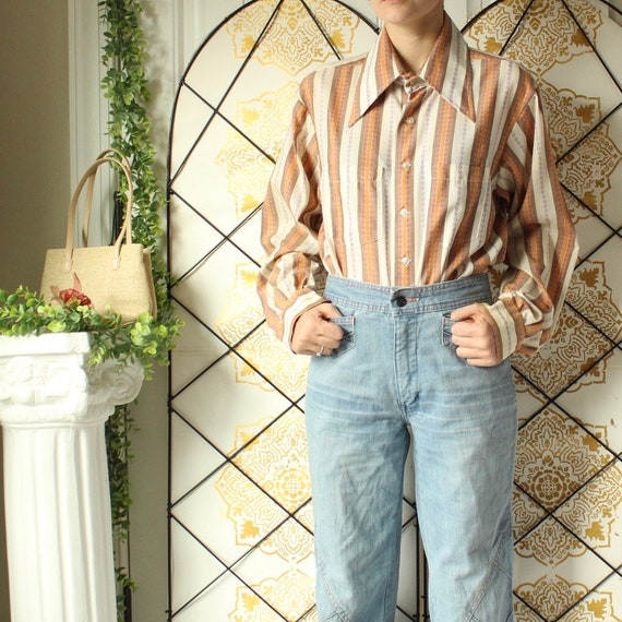 vintage mens 1970s striped button down with large