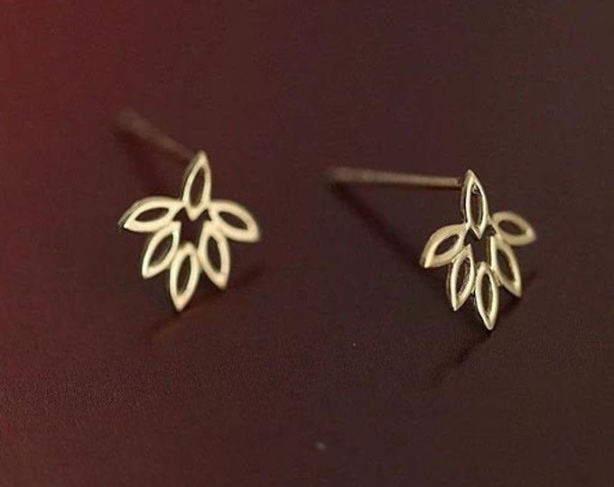 Gold Hollow Maple Leaf Stud Earrings | Nature Inspired Sterling Silver Stud Earrings | Jewellery Jewelry Gift