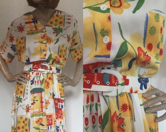 Vintage 1980s Bianco Print Dress, Buttoned, Belted, with Graphic Floral Print and Short Sleeves in Viscose, Size 16