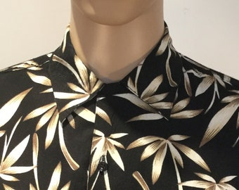 Vintage 1980s Bruno New York Hawaiian Style Aloha Shirt in Graphic Black and Gold Motif with Loop Button Collar in 100% Rayon