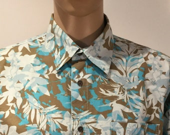 Vintage 1980s Aigle Hawaiian Style Aloha Shirt in Graphic Blue, Brown and White Foliage Motifs in Cotton