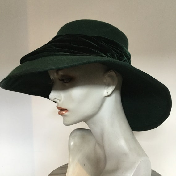 Vintage 1960s 'Velvet Shadows' Headworks Edwardian