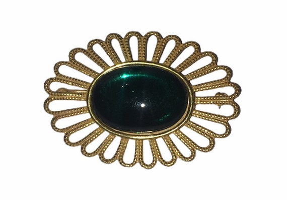 Gorgeous Miriam Haskell Green Jelly Cabochon Brooc