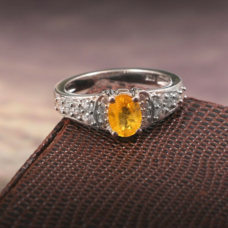 Yellow Sapphire Ring-925 Sterling Silver Ring-Gemstone Ring-September Birthstone Ring-Valentine Gift For Her-Wedding Ring-Engagement Ring