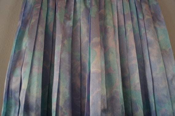 Dreamy Vintage Silky Pastel Pleated Skirt Small/M… - image 7