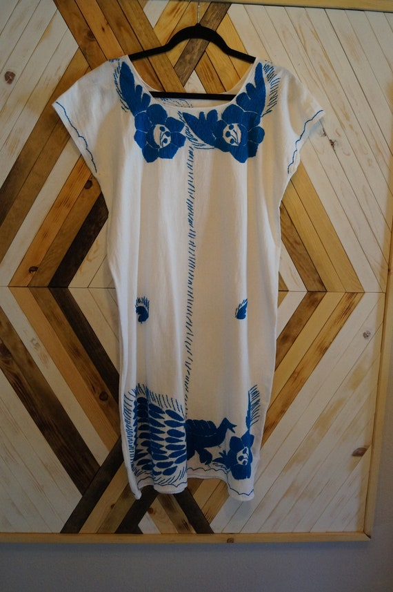 Vintage Mexican Embroidered Bird Dress, Mexican Em