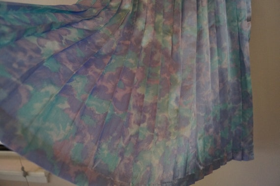 Dreamy Vintage Silky Pastel Pleated Skirt Small/M… - image 2