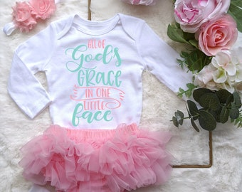blessed baby God/'s grace Baby/'s First Year Jesus loves God/'s baby Baby bodysuit Religious Baby Onesie baby girl Dios set Godly girl