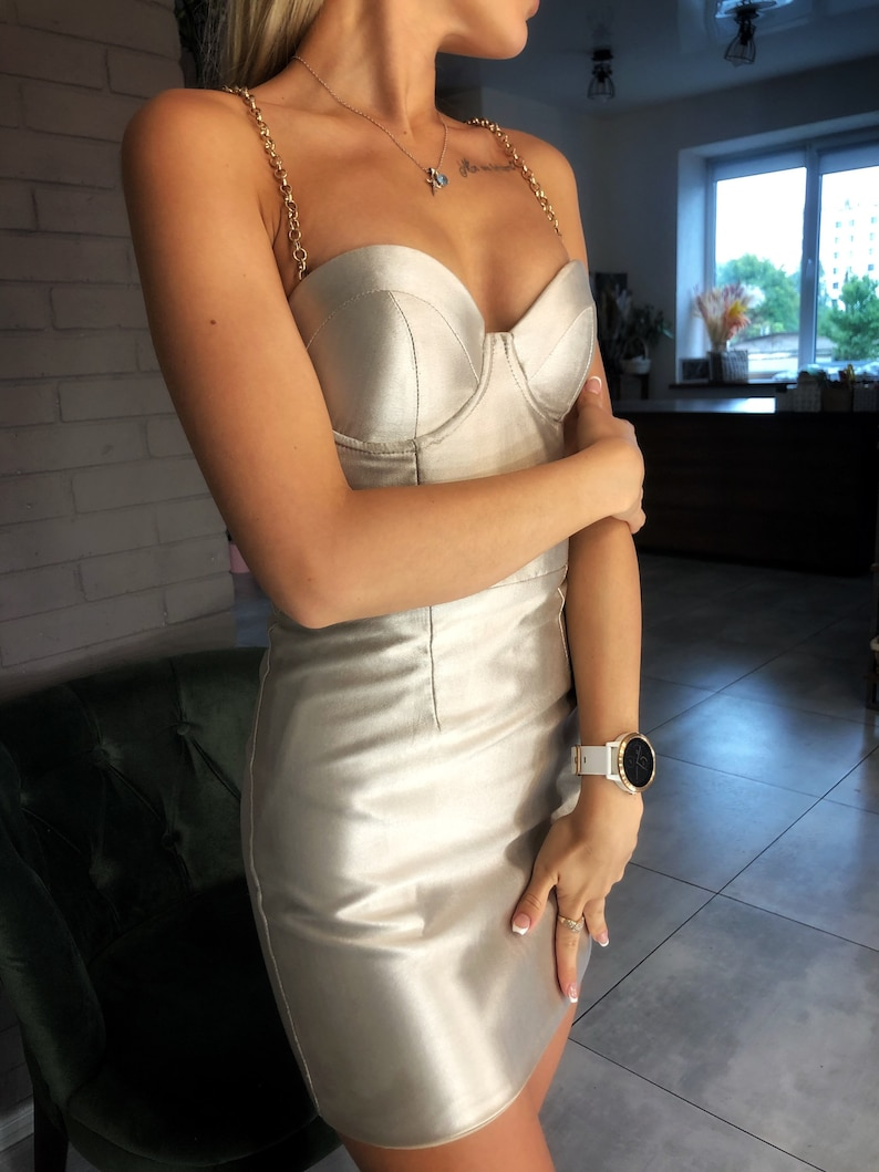 Tea Length Bridal Dress Gold Midi V-Neck Pearl Satin Draped Dress Wrap Cocktail Wedding Dress with Thin Straps Hen Party Gold Rose Dress