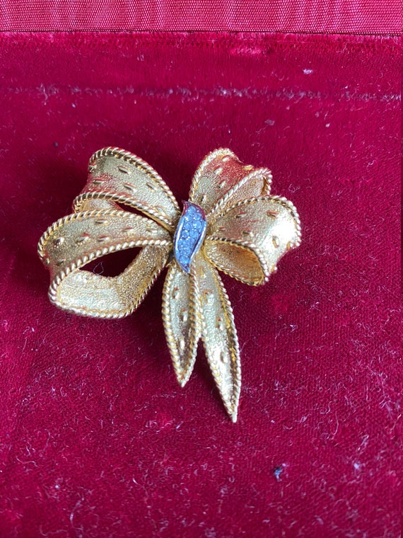 CARVEN \u2013 Bird or Penguin Brooch  Haute Couture Jewelry  Vintage Designer Jewelry in its Original Box