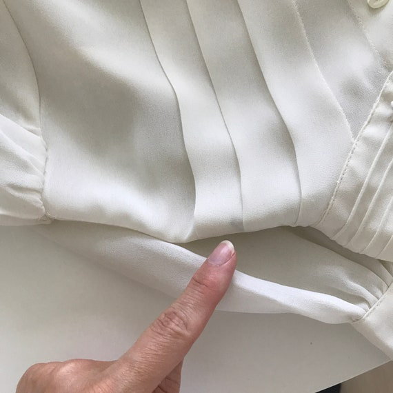 Pleated Ivory Blouse - buttery matte crepe size L… - image 6