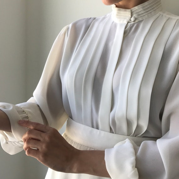 Pleated Ivory Blouse - buttery matte crepe size L… - image 5