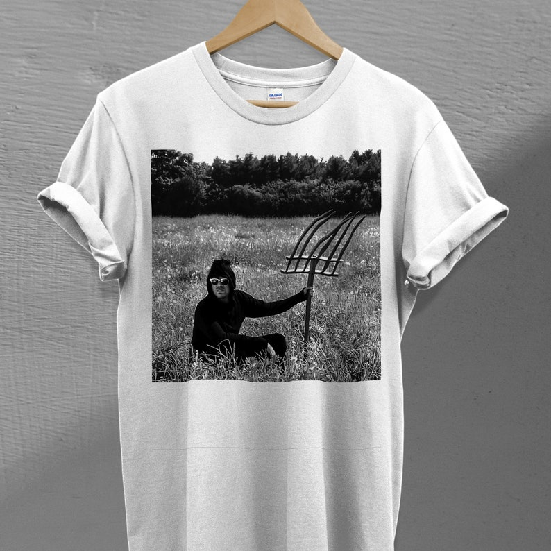 Top 27 Best Schitt's Creek Gifts from Etsy featured by top Seattle lifestyle blogger, Marcie in Mommyland: David Rose In A Field Schitt's Creek TV Series T-shirt image 0