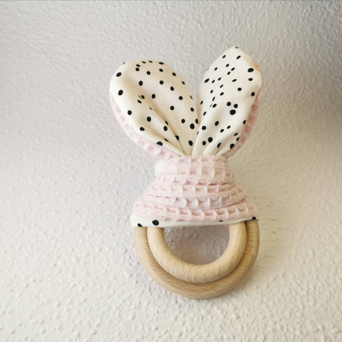 Bunny ears biting ring with crackling foil crackling ears