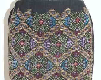 Vintage Romanian wraparound skirt from Muscel region (south of Romania)