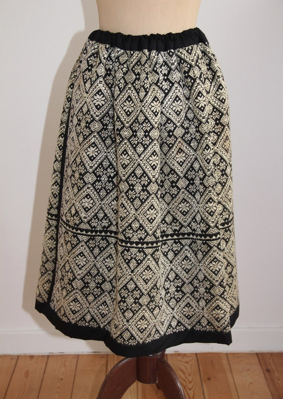 Vintage Romanian traditional pleated skirt