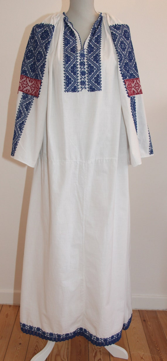 Vintage traditional embroidered Romanian dress