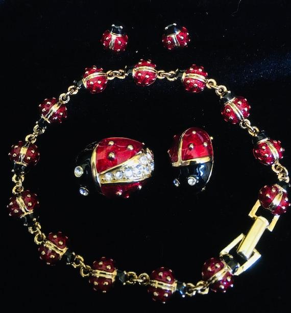 Vintage Joan Rivers Ladybug Jewelry Set Earrings,