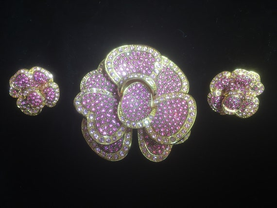 Vintage Classic Collection Joan Rivers Pink Flower