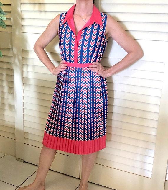 ModCloth Sleeveless Chevron Shirt Dress