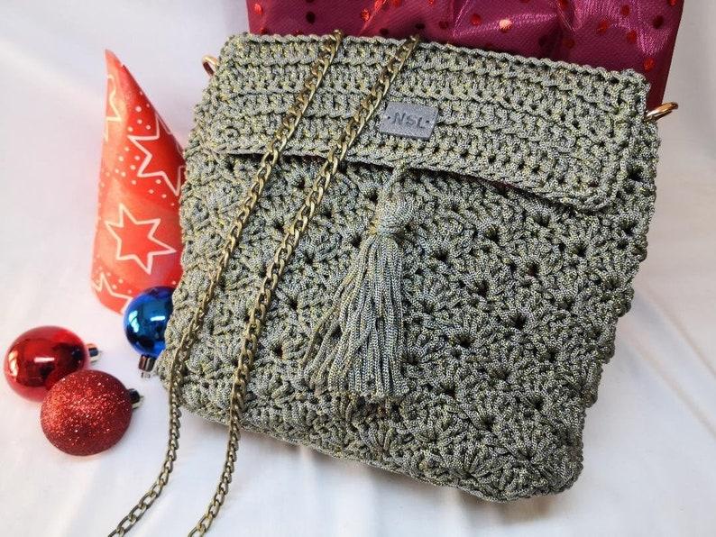 Crossbody bag with chain thai crochet Swan handmade in Italy