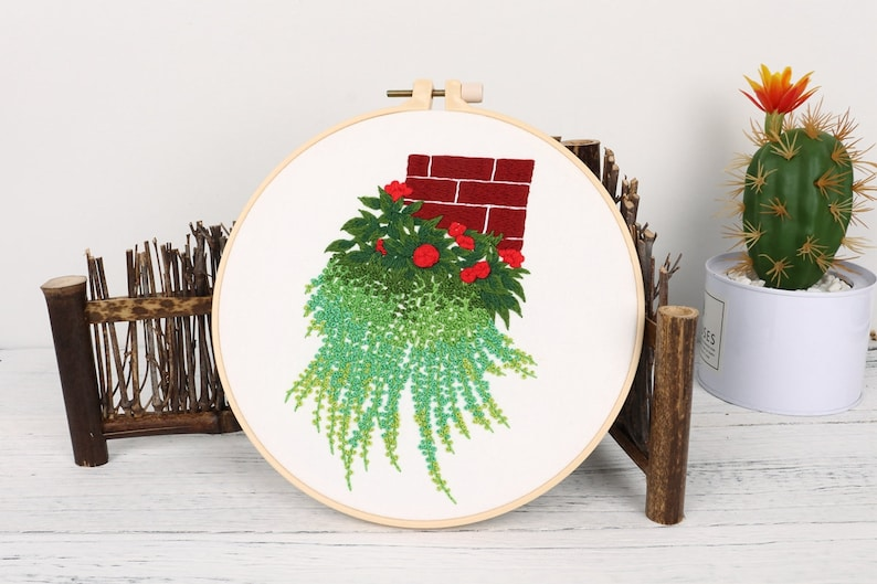 Cloth 1 Hoop Color Floss and Needles Cross Stitch Kit w Floral Pattern Embroidery Starter Kit w Floral Pattern and Instructions