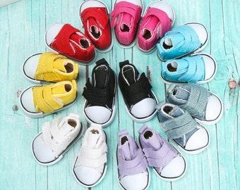 1 pair of cute doll shoes 5 cm x 2.5 cm