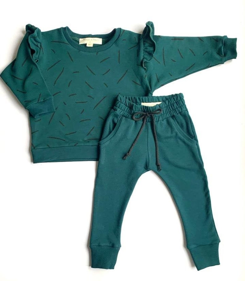 Ruffled Long Sleeve Sweatshirt /& Joggers French Terry Play Clothes Sweatpants Pajamas Kids Clothes Sweatshirt Long Sleeve Childrens