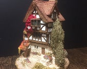 1987 Lilliput Lane Collectibles Four Seasons Cottage with Original Box, Deed, and collectors booklet