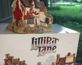 Lilliput Lane Victoria Cottage - with Deed, Booklet, and Original Box