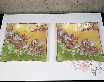 Glass plate with crane and plum blossom design 2 piece set vintage