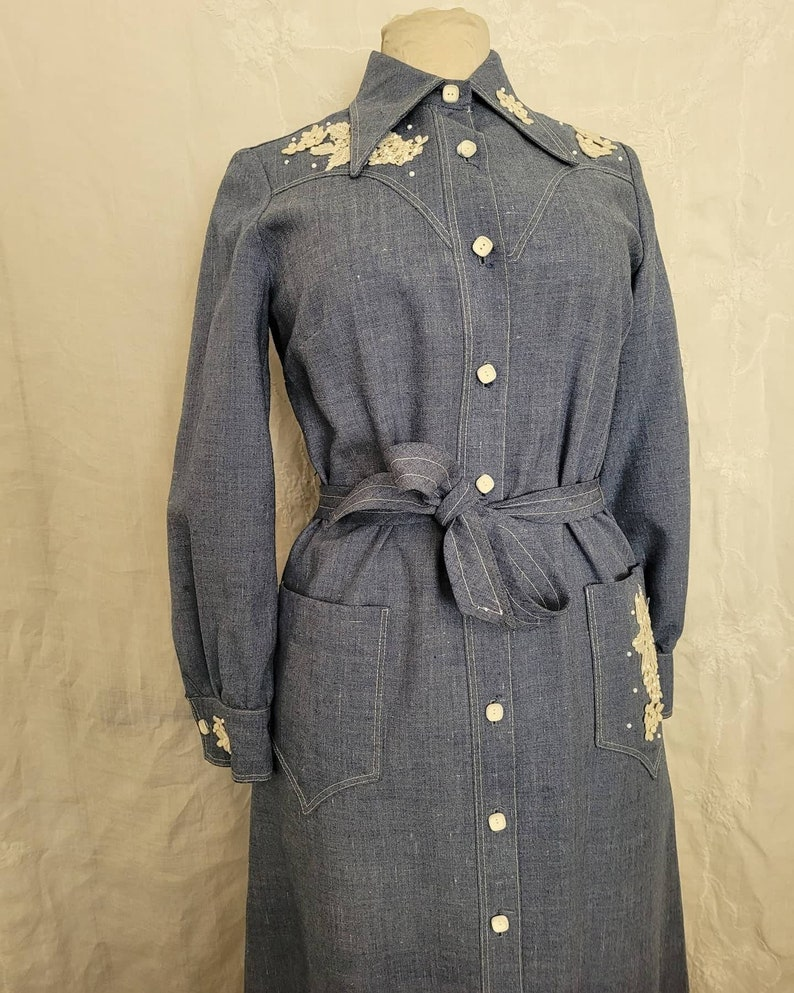 1980s Country Queen Denim Dress W Floral Appliques Medium