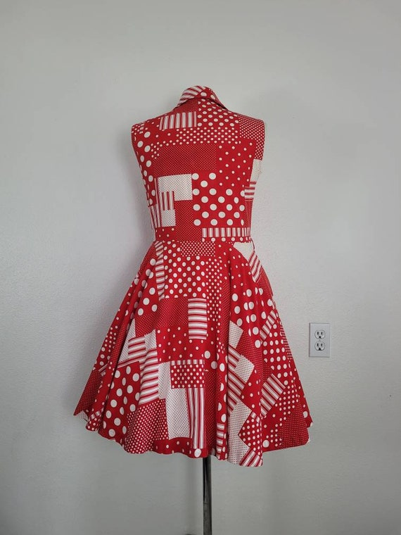 """1960s """"Pack The Basket"""" Red & White Patchwork Pri… - image 4"""