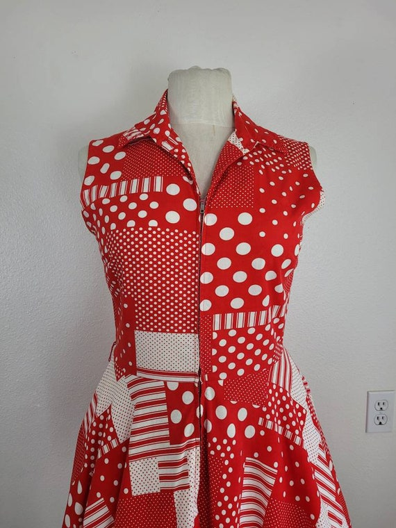 """1960s """"Pack The Basket"""" Red & White Patchwork Pri… - image 2"""