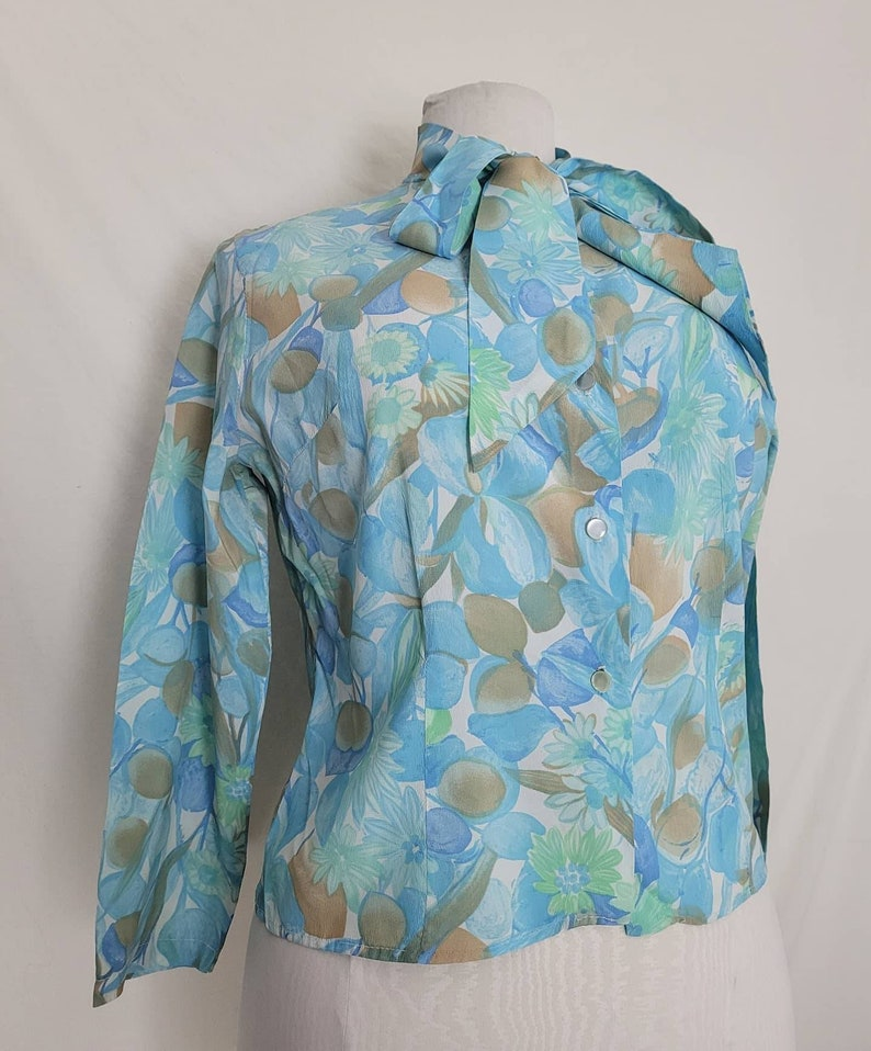 1960s One With Nature Multi Color Floral Blouse W Neck Bow XL