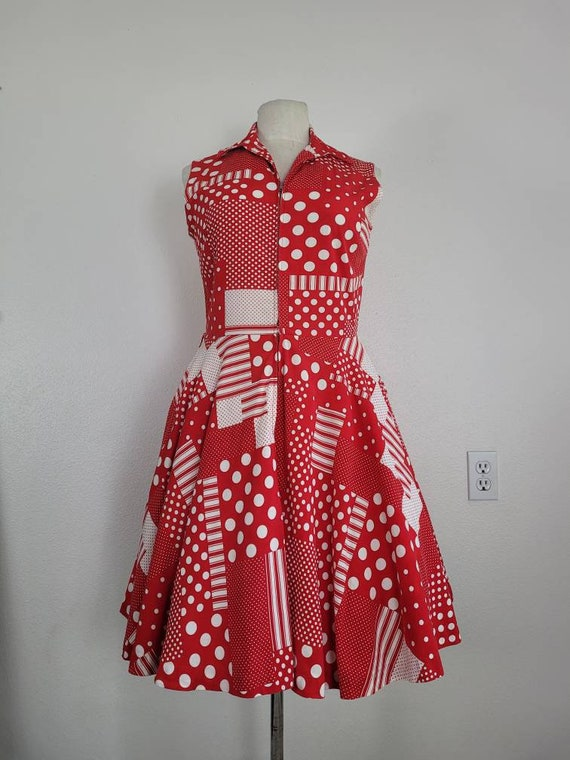 """1960s """"Pack The Basket"""" Red & White Patchwork Pri… - image 3"""