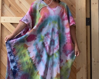 Hand dyed cotton beach coverup / Tie Dyed / Casual Dress / Resort wear / Feminine / one of a kind / boho