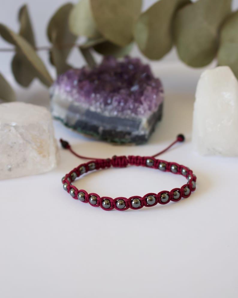 handmade cadeau gift artesanal hecho a mano Hematita bracelet chakra jewelry Pulseras de macram\u00e9 y piedras naturales regalo boho