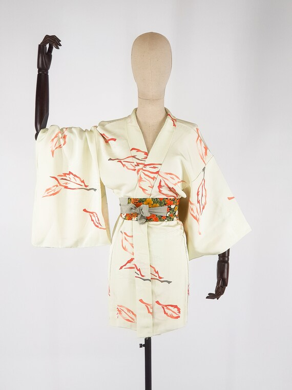 vintage unique piece and second hand silk Kimono Haori orange patterned Kimono Haori jacket
