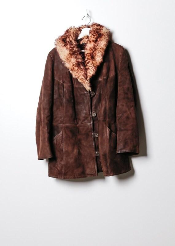 Vintage Women's Fake Fur Coat in Brown